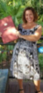 kim celebrant profile pic_edited.jpg