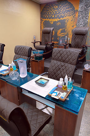 Orchid Spa Bermuda manicure and pedicure area