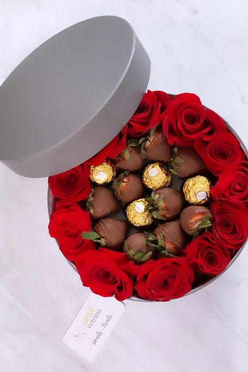 Sweet Chocolate Strawberries and Roses