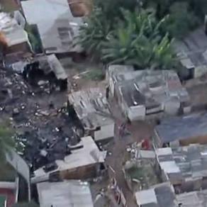 Incêndio atinge comunidade na Brasilândia, zona norte de SP.