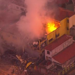 Explosão causa incêndio em supermercado na Zona Sul de SP
