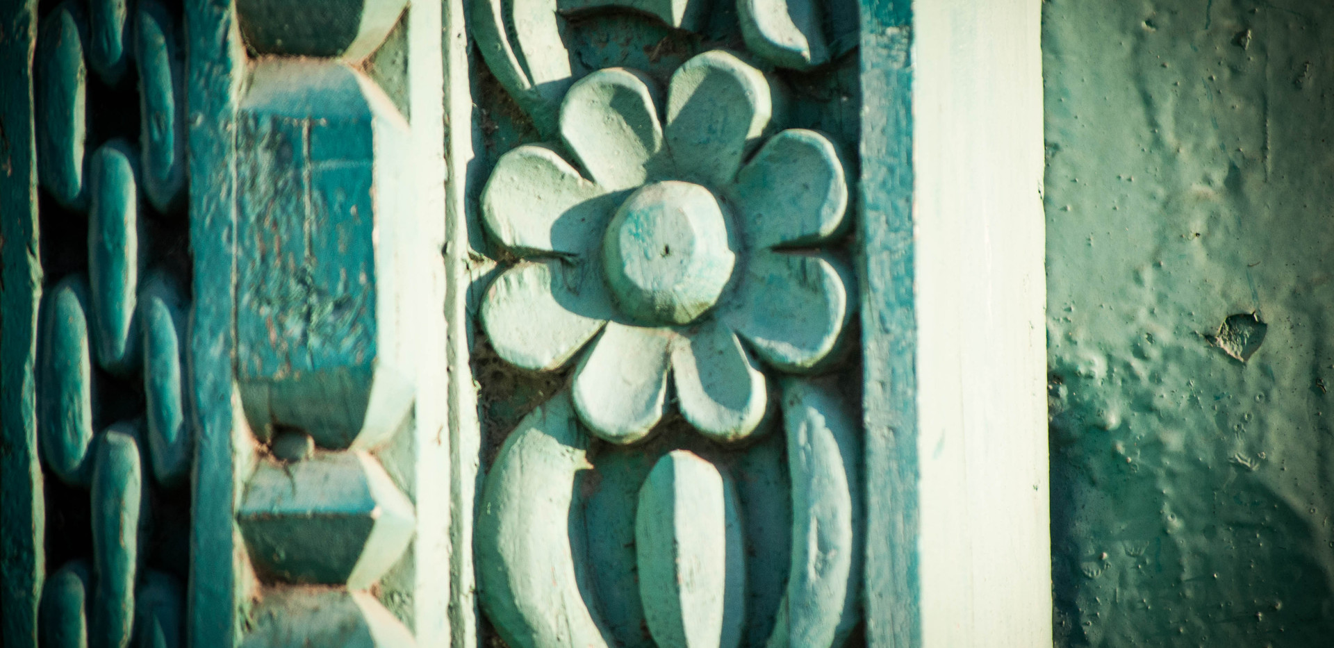 flower detail on door in stone town