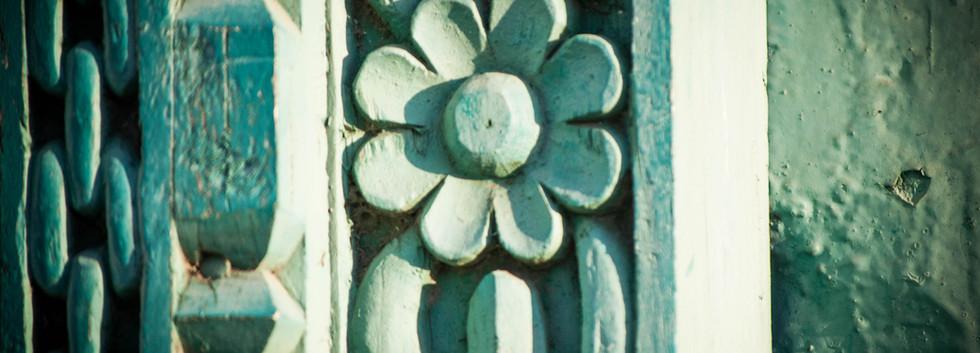 flower detail on door in stone town