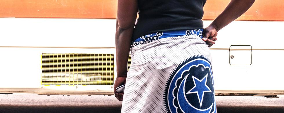 woman in idd kanga on uhuru st