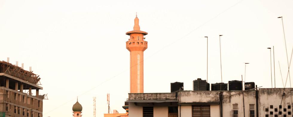mosque street in dar