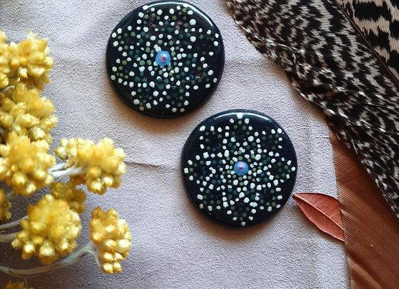 Black Round Mandala Dot Work Cabochon Beads