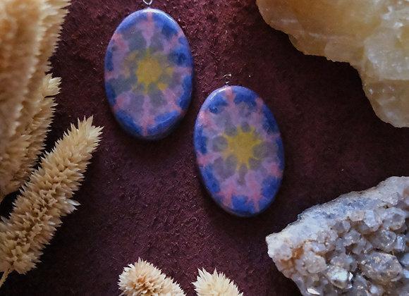Batik Inspired 70's Style  Pendant Beads