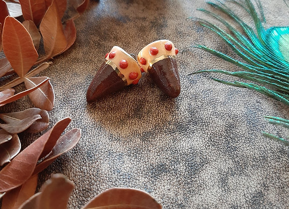 Brown and Salmon Red Spotted and Gold Detailed Beads