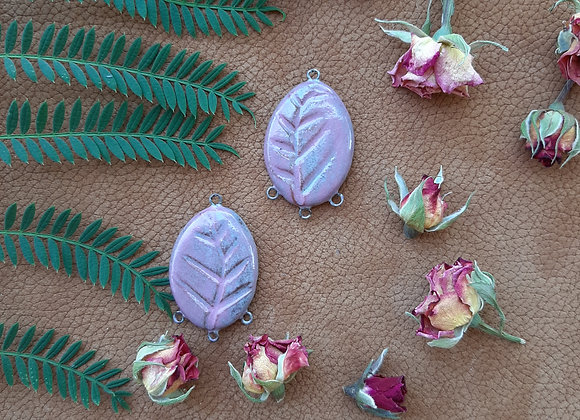 Leaf Carved Four Loops Connector Beads