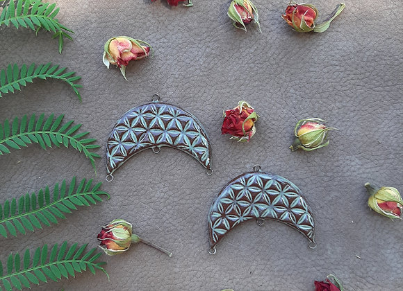 Flower of Life Crescent Connector Beads