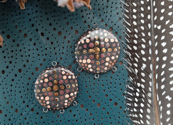 Black Dot Work OpArt Connector Beads
