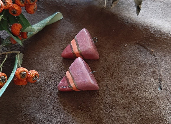 Three Shades of Pink Gold Lined Pendulum Beads