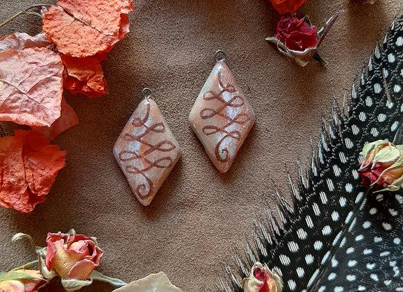 Terracota Unalome Pendant Beads