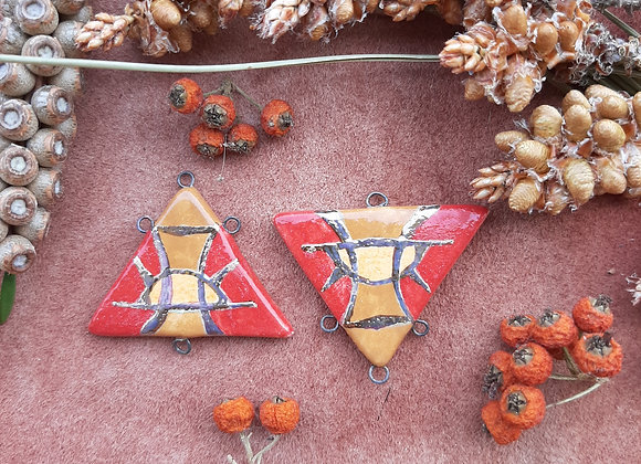Triangle Shaped Gold Sigil Patterned Connector Beads