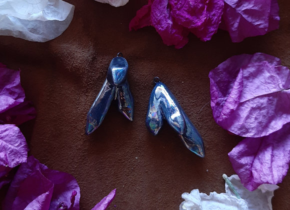 Holographic Blue Crystal Shaped Pendant Beads