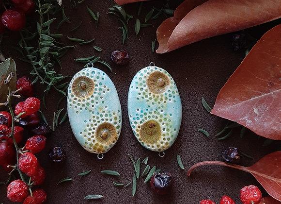 Turquoise Dot Work Mandala Engraved Connector Beads