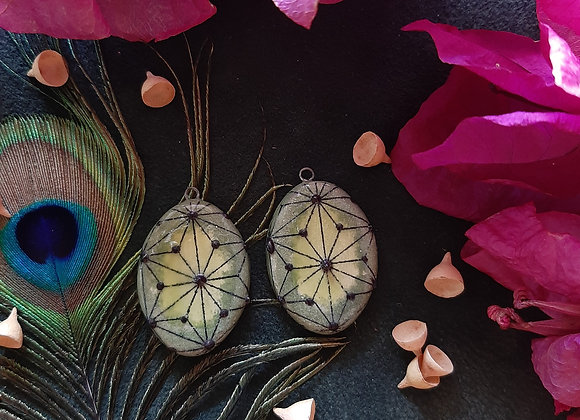 Green Tones Sacred Geometry Pendant Beads
