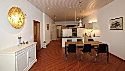 Living%20room_kitchen_edited.jpg