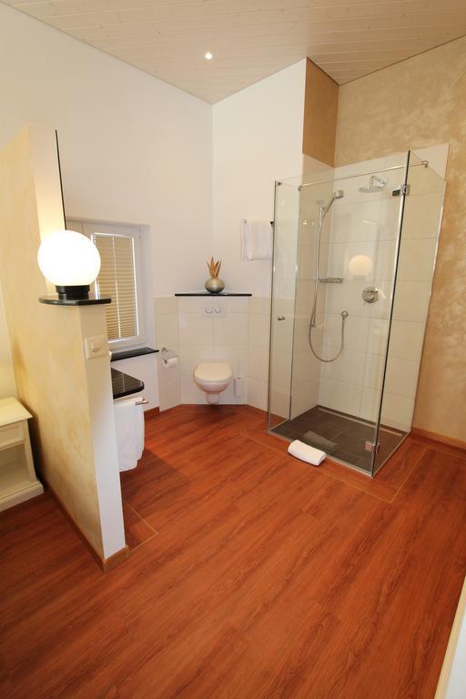 bath_bed room.jpg