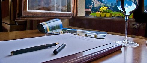 Aussicht aus einem der Zimmer im Seminar Hotel Alfa Soleil in Kandersteg im Berner Oberland