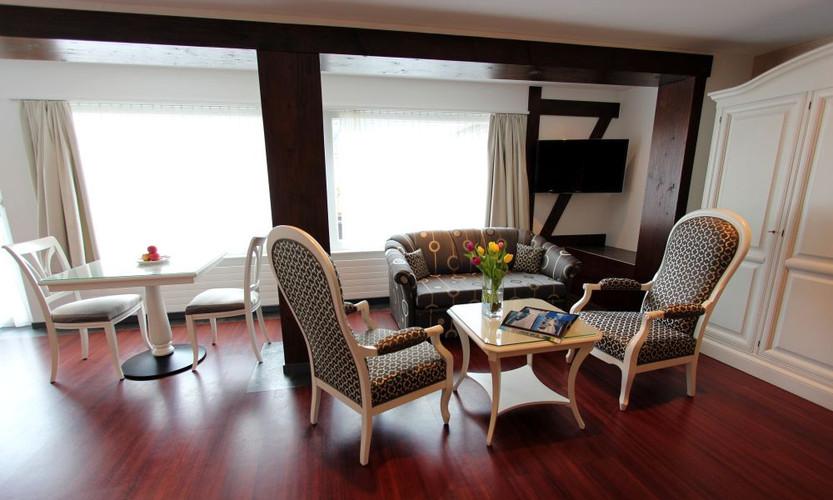 Belle Etage Suite Salon