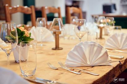 Tisch in Nico's Restaurant im Hotel Alfa Soleil in Kandersteg
