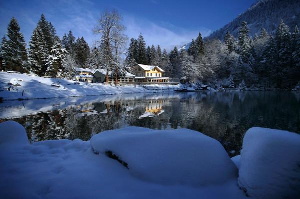 blausee_winter_01jpg