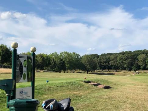 Golf Loudun-Fontevraud. Au départ du 17