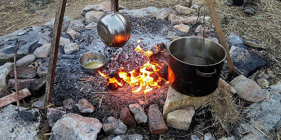 Waldläuferbande Kochen am Lagerfeuer