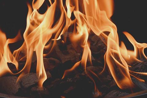 fire-4892890_1920.jpg