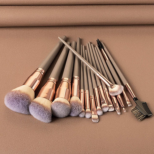 Luxury Beauty Makeup Brushes Set,15 Pieces Make-up Brush Set  (Brown)