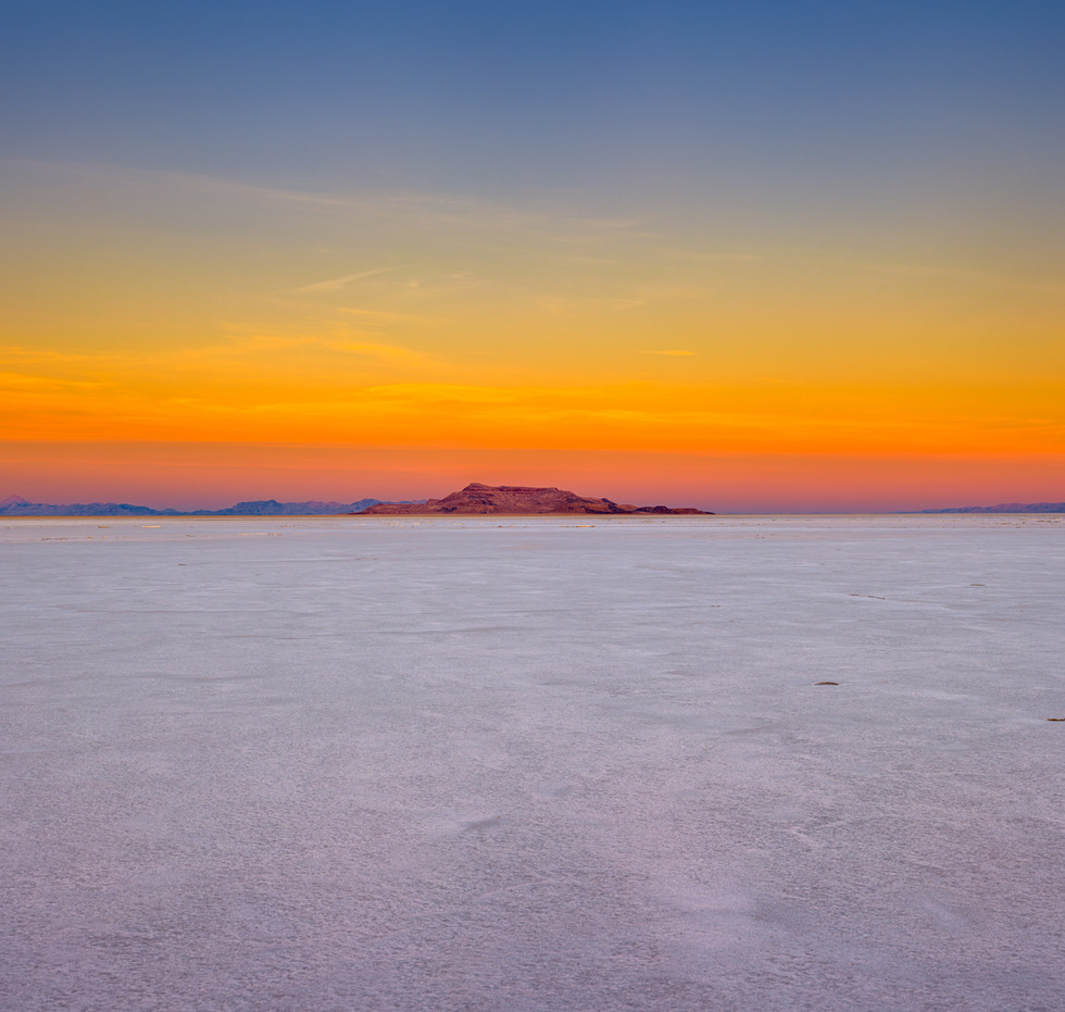 salt flats earth shadow v3.jpg