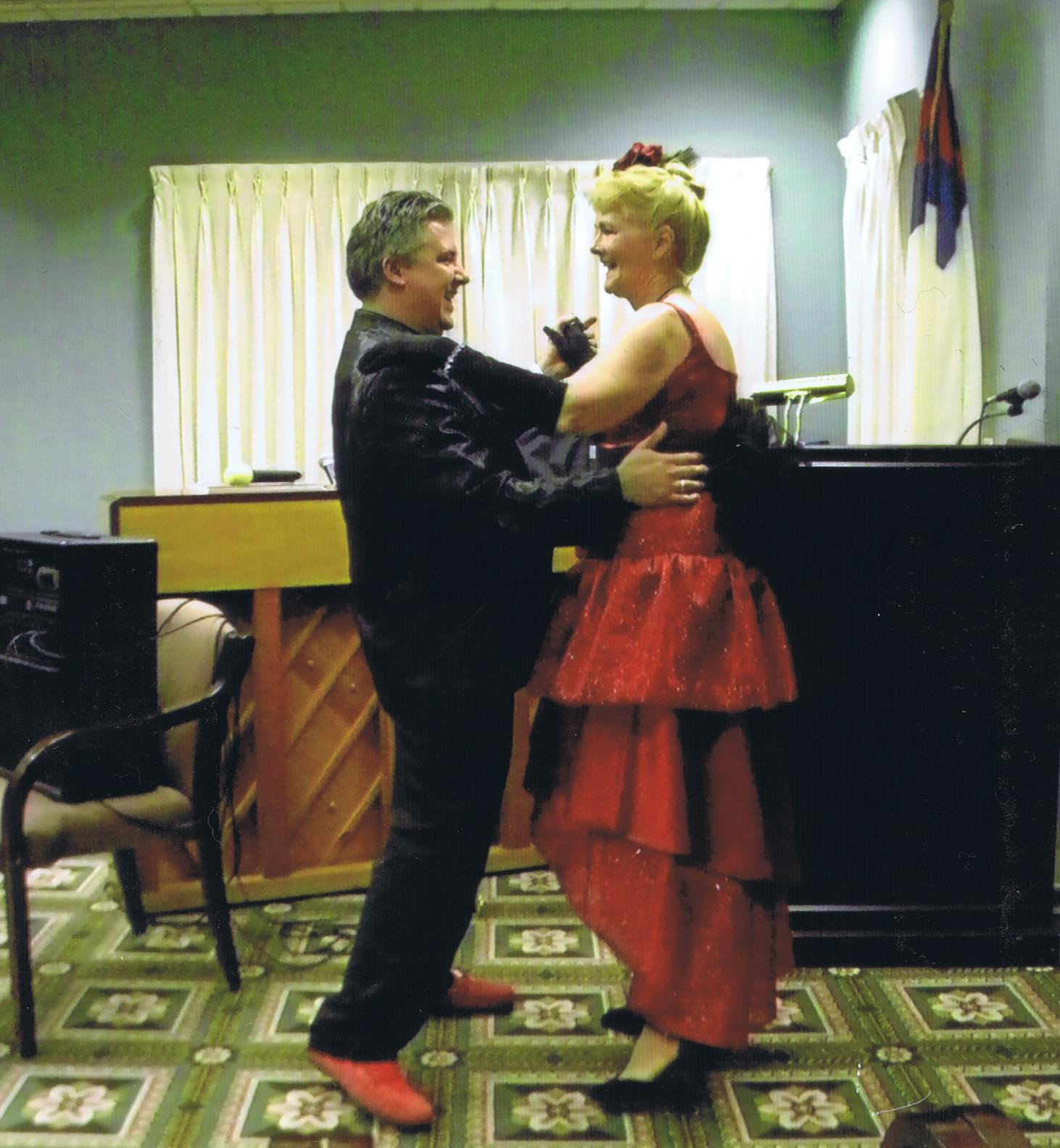 Jan and David Dancing 001