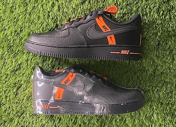 Nike Force 1 LV8 KSA (PS)