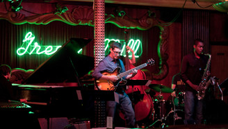 Dan Bruce Quintet at The Green Mill in Chicago