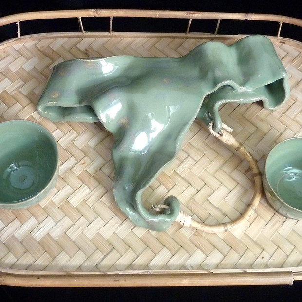 Jade Green Teapot Thong with Bamboo Handle