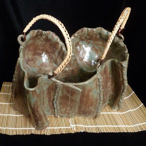 石女 (umazume, stone woman) Teapot Bustier (Back View)