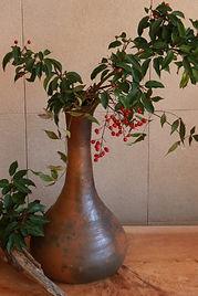 南蛮長頸瓶 P4304/W 22.5 /D 22.5 /H 40.3 ㎝  ¥180,000(税別)