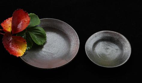 鉄彩小皿 A1305