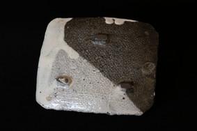 白泥流皿 A2019