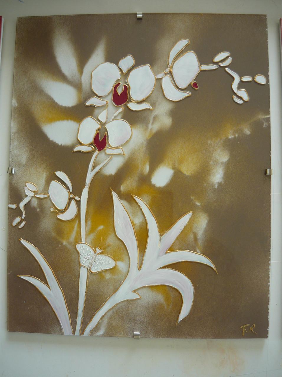 orchidée sur verre