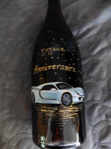 bouteille decor voiture
