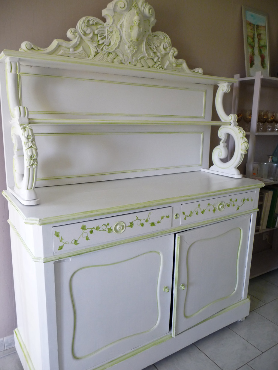 meuble Henri II peint