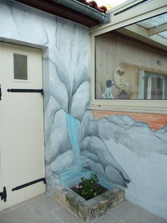 peinture murale Ruelle rochers et cascade