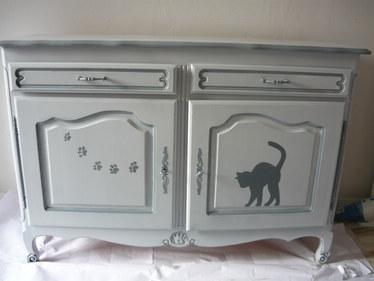 meuble peint chats