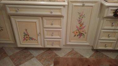 meuble salle de bain motif floral.jpg