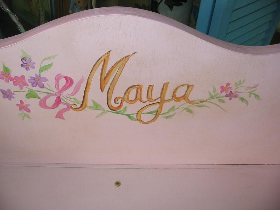 coffre rose Maya détail