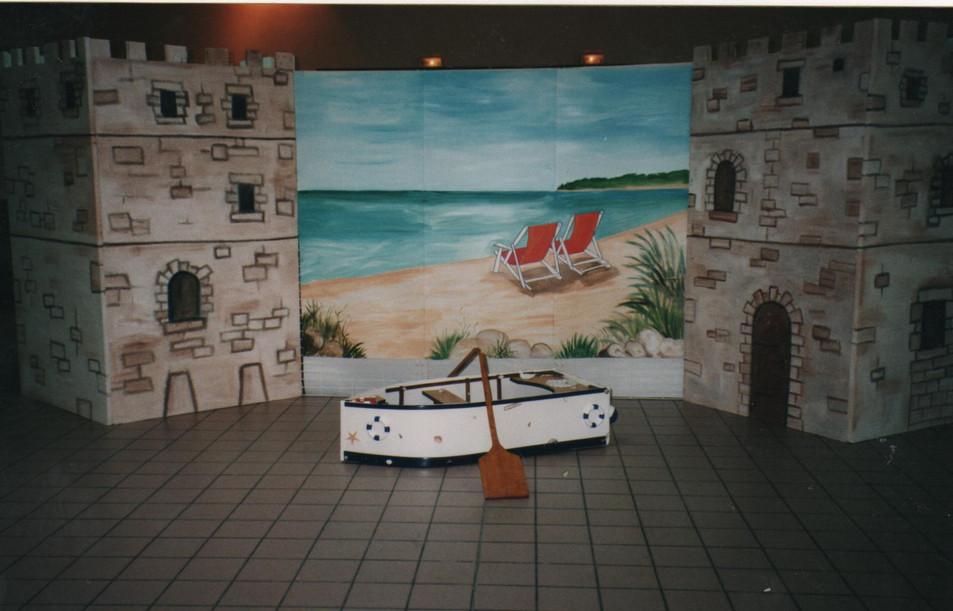 thème marin décor derrière les mariés