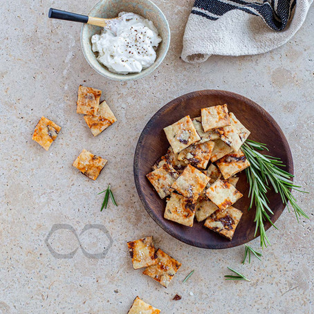 Crackers aux tomates séchées et romarin