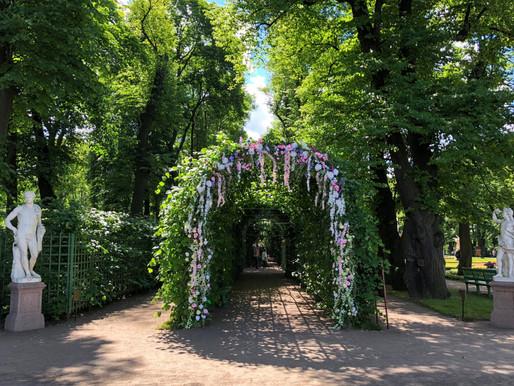 Цветочная ассамблея в Летнем саду